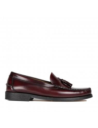 Zapato de hombre mocasín con borlas de piel
